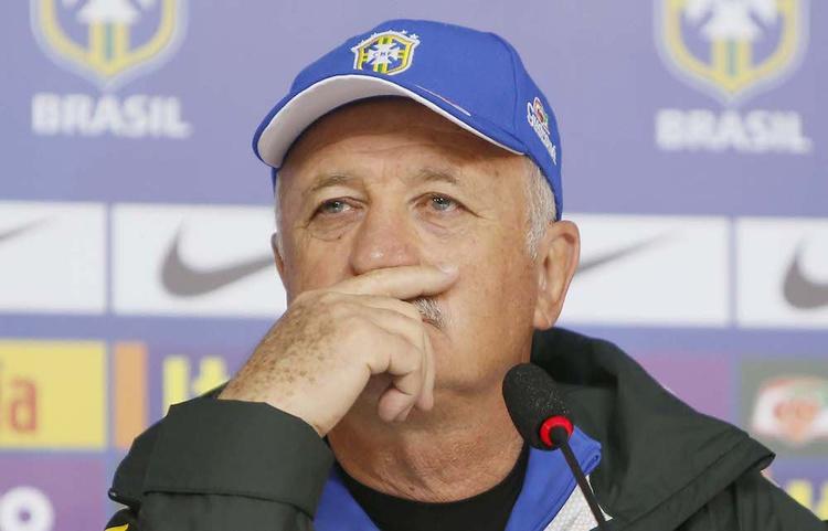 Técnico do 7 a 1 deve ser comparado a presidente cassada Dilma Rouseff